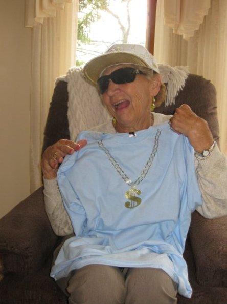 hip-grandma